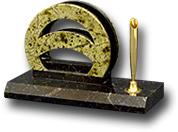 Визитница из змеевика с накладками из офиокальцита