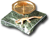 Подсвечник квадратный с ящерицей