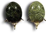 Яйцо полированное из змеевика (Баж) (без подставки)