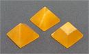 Пирамида, оранжевый кальцит