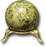 Шар из светлого Баженовского змеевика Д 36-40 мм
